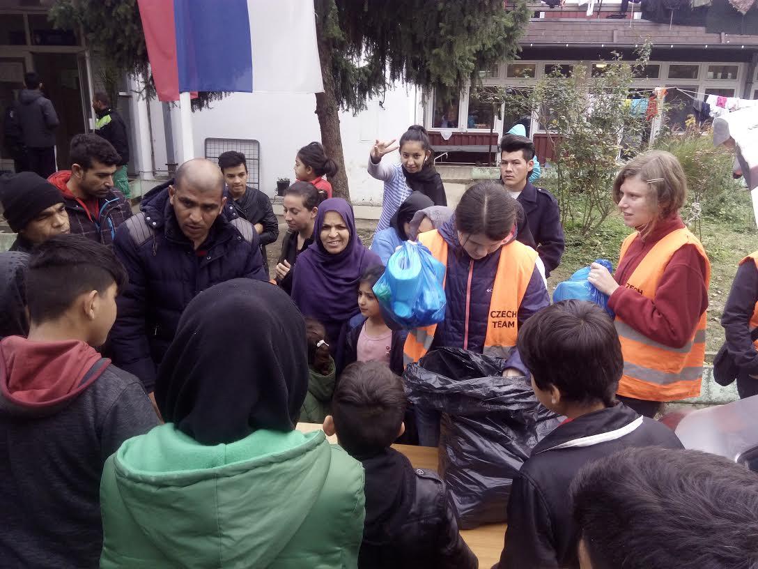 Dobrovolnický blog: Světlo v mlze aneb Jsme opět v Srbsku